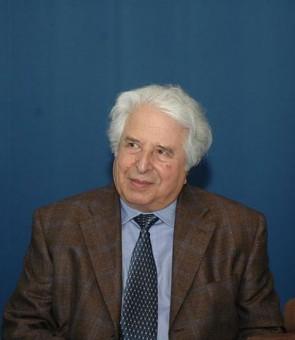 Portrait des Historikers Saul-Friedländer im Jahre 2010