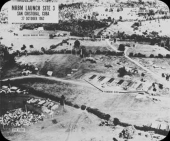 Luftaufnahmen von sowjetischen Raktenstellungen am 27. Oktober.