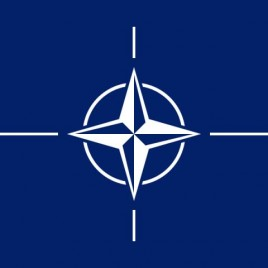 Eine digitale Abbildung der Standard Nato Flagge