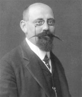 Portraitfoto von Karl-Renner aus dem Jahre 1905